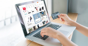 How to save big while online shopping